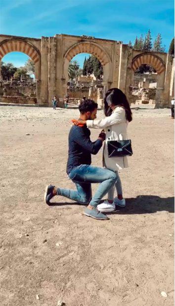Asraf Beno pide matrimonio a Isa P./Instagram @asraf_beno