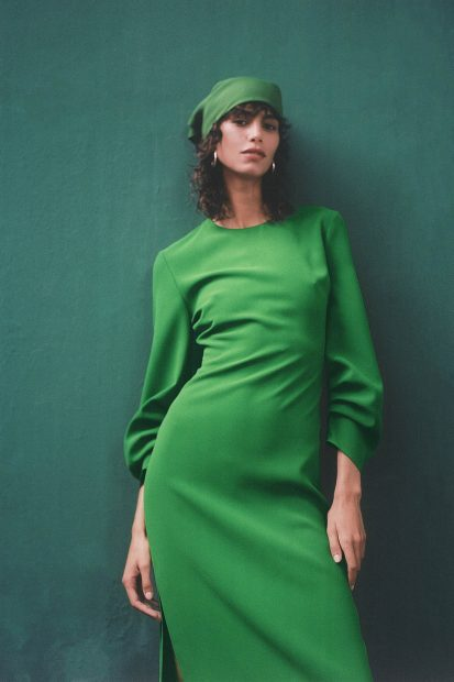 Vestido verde de la colección de Zara 2020 / Zara