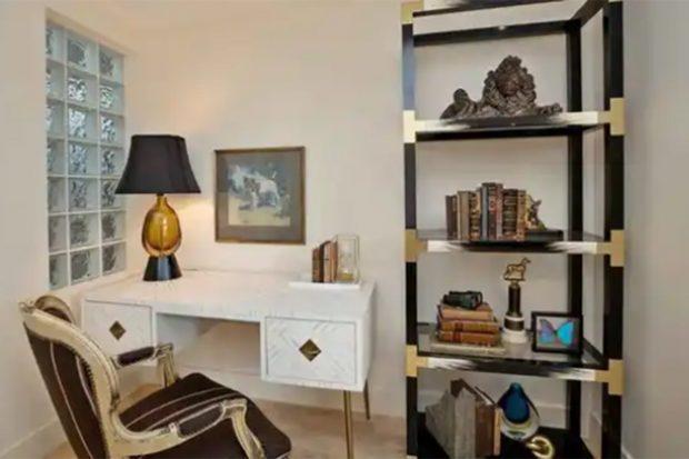 La vivienda cuenta con un despacho./Realtor.com