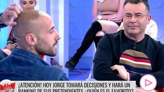 Jorge Javier Vázquez, mirando a un posible pretendiente / Cuatro