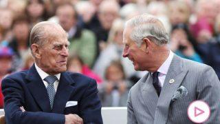 El duque de Edimburgo y el príncipe Carlos/Gtres