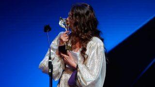 Victoria Abril ha recogido su premio y ha pedido perdón / Gtres