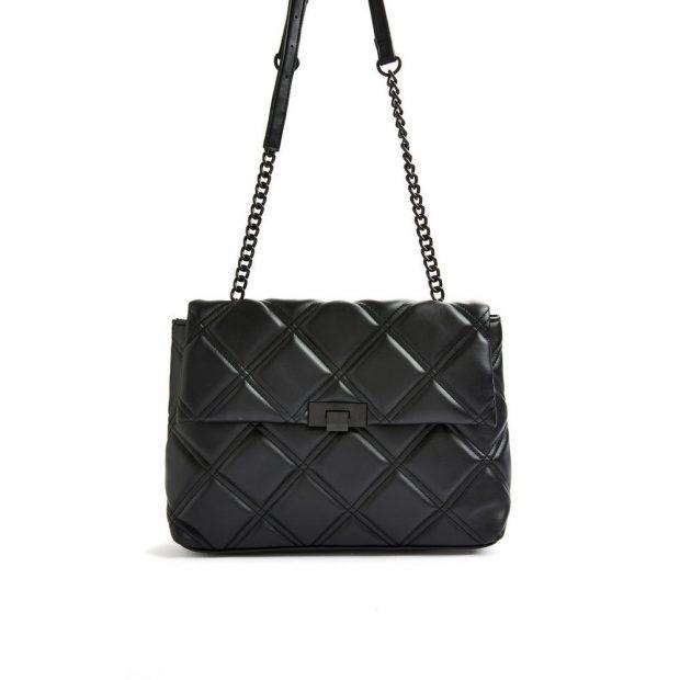 Primark clona el bolso más icónico de Chanel de 3.500 euros