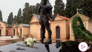 Isabel Pantoja ha mandado un ramo de flores a la tumba de Paquirri / Gtres