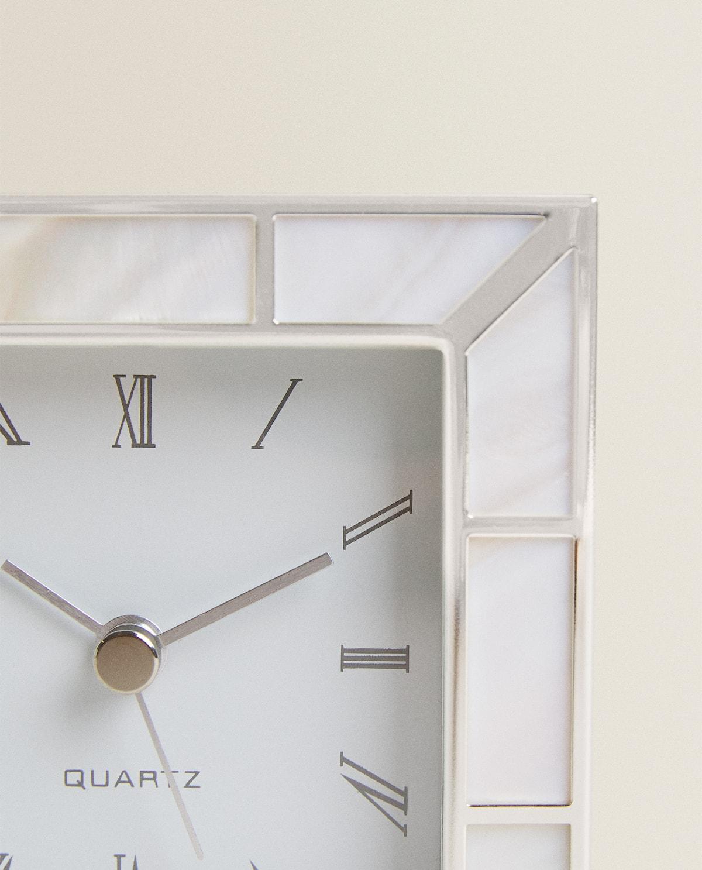 Este es el reloj de Zara Home que querrás tener para cuidar tu salud