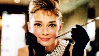 Con este vestido de Zara podrás imitar el estilo de Audrey Hepburn