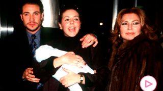 Rocío Carrasco, Antonio David Flores y Rocío Jurado en una imagen de archivo/Gtres