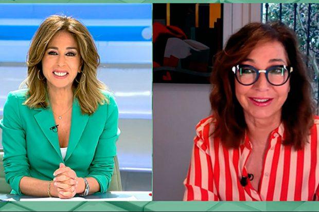 Ana Terradillos la ha sustituido en la mesa de actualidad / Mediaset