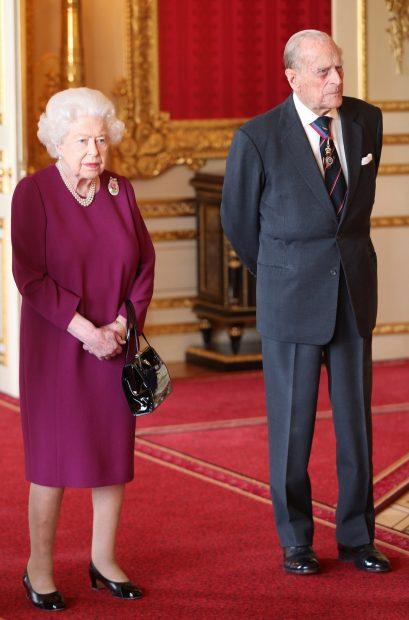 La reina Isabel II y el duque de Edimburgo en una imagen de archivo/Gtres