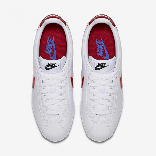 Las zapatillas blancas Nike más famosas de la historia del cine están de oferta
