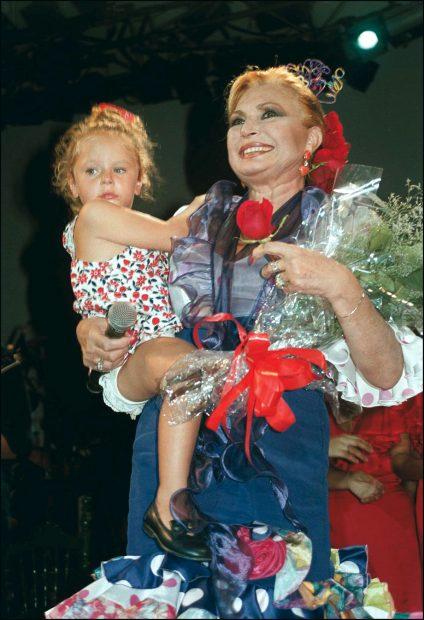 Rocío Flores y Rocío Jurado en una imagen de archivo./Gtres