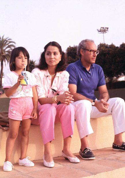 Ana Boyer, junto a sus padres, Isabel Preysler y Miguel Boyer / Gtres