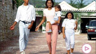Ana Boyer con su madre y hermanos / Gtres