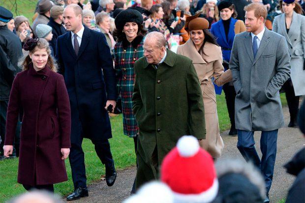 El principe Harry y Meghan Markle, durante un acto con Felipe de Edimburgo / Gtres