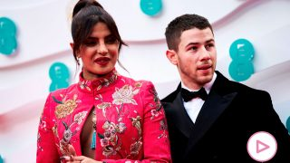 Nick Jonas y Priyanka Chopra, durante los Premios Bafta 2021