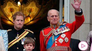 El príncipe Harry y el duque de Edimburgo, en una imagen de archivo / Gtres