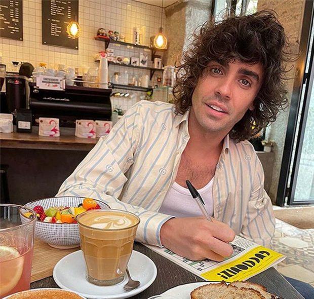 Javier Ambrossi en una imagen de sus redes sociales./Instagram @soyambrossi