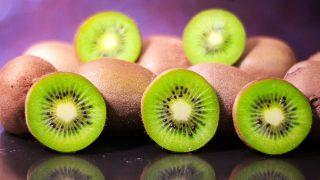 Kiwi la fruta amiga o enemiga, estos son sus beneficios y contraindicaciones