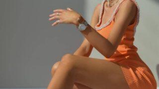 El vestido de punto con perlas de Zara más viral de la historia
