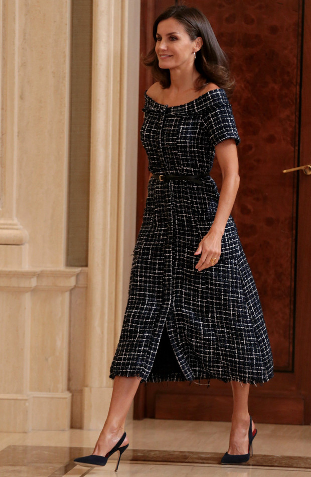 La princesa Leonor escoge este vestido de Zara de 29,95 euros imitando a Letizia