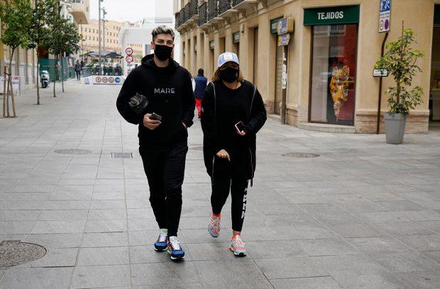 Flores y su novio, Manuel Bedmar, en Málaga / Gtres