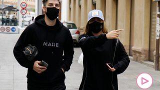 Rocío Flores y su novio, Manuel Bedmar, en Málaga / Gtres