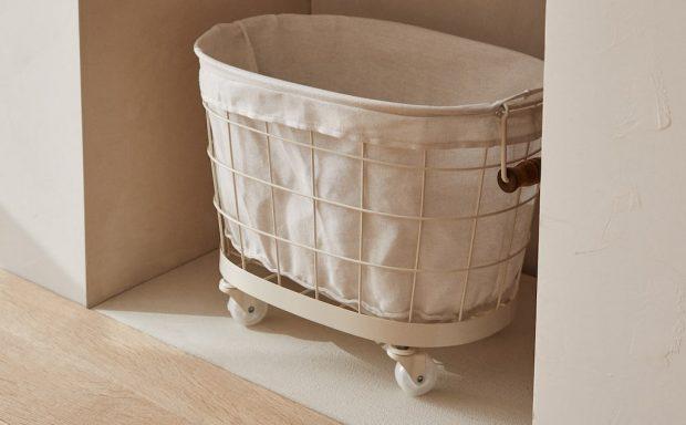 Zara Home bate récords de ventas con esta increíble cesta de la ropa con ruedas