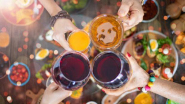 ¿Qué engorda más el vino o la cerveza?