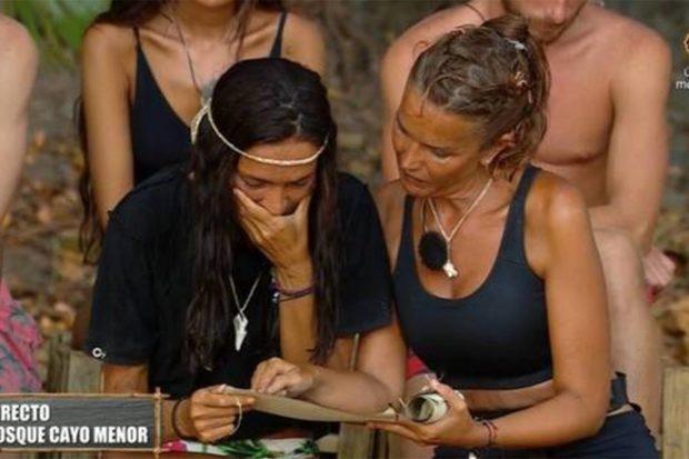 Olga Moreno rompe a llorar al recibir una carta de su hija Lola./Telecinco