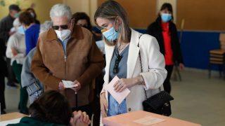María Pombo votando en Madrid en las elecciones del 4M/Gtres