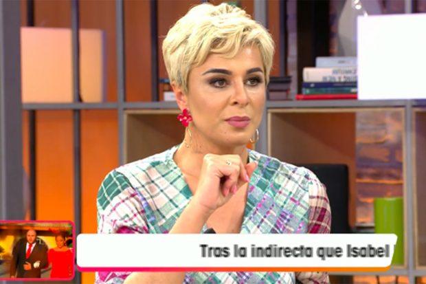 La colaboradora ha dado su opinión sobre el testimonio de Rociíto./Telecinco