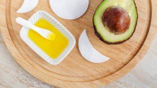 Los motivos principales para usar aceite de aguacate para el cabello