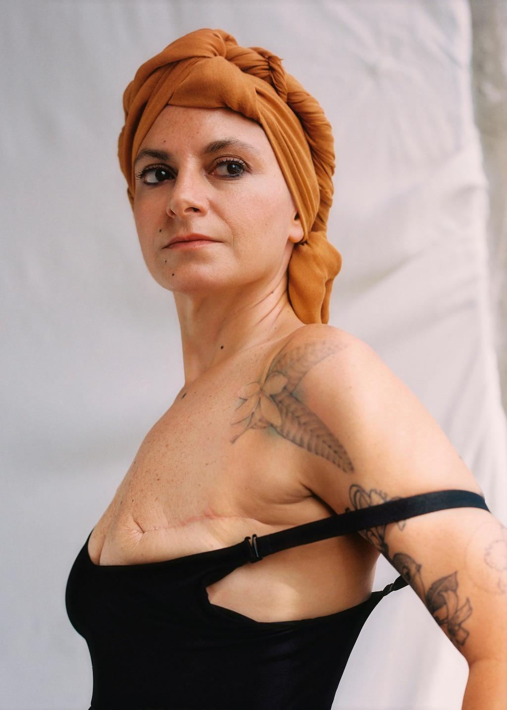 Mango diseña bañadores y bikinis para las mujeres guerreras con un solo pecho