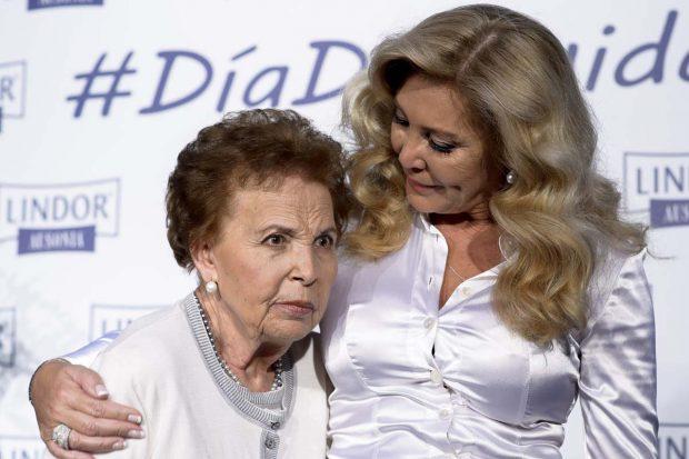 Norma Duval y su madre, Purificación Aguilera