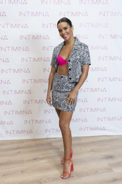 Cristina Pedroche ha lucido un look con estampado de cebra para la presentación de productos de Intimina, marca de la que es embajadora./Gtres