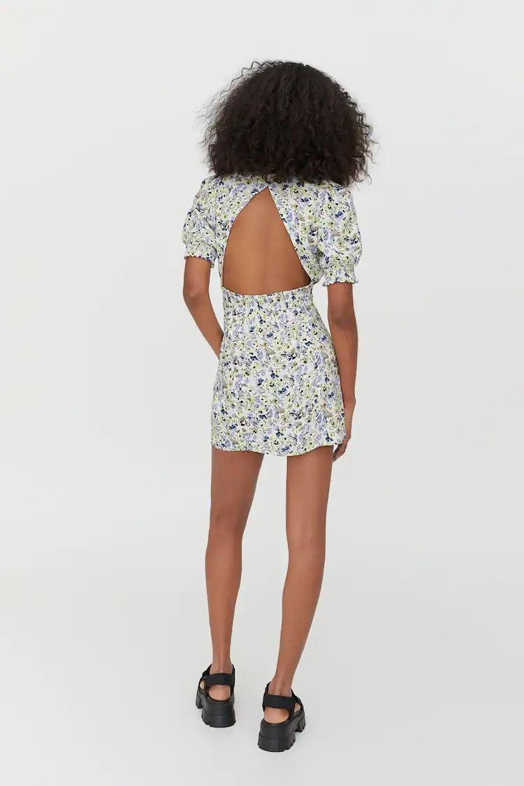 El vestido de Pull&Bear de Mery Turiel es el más fresquito y cómodo del verano