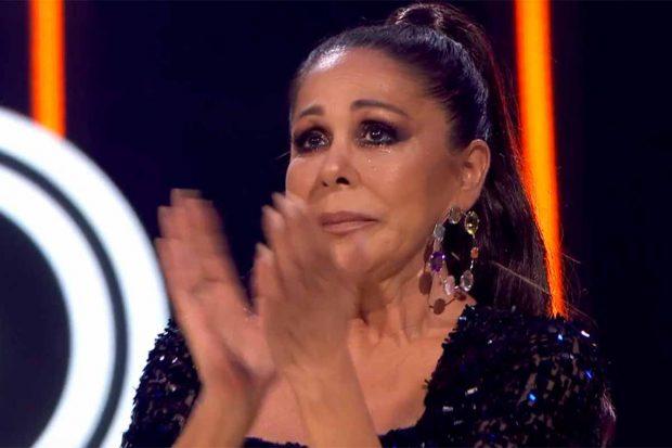 La intérprete de 'Marinero de luces' no ha podido contener las lágrimas durante la acuación del participante./Telecinco