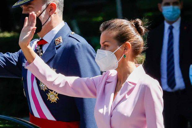 El rey Felipe VI y la reina Letizia el Día de las Fuerzas Armadas el 29 de mayo de 2021./Gtres