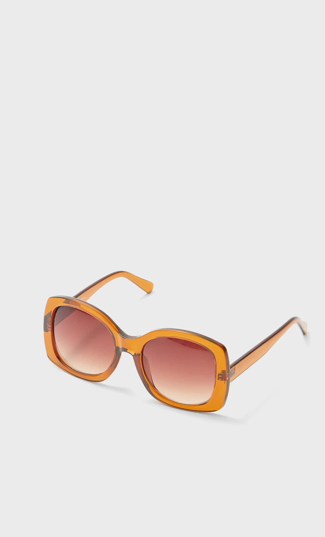 Estas son las gafas de sol low cost más glamurosas del verano de Stradivarius