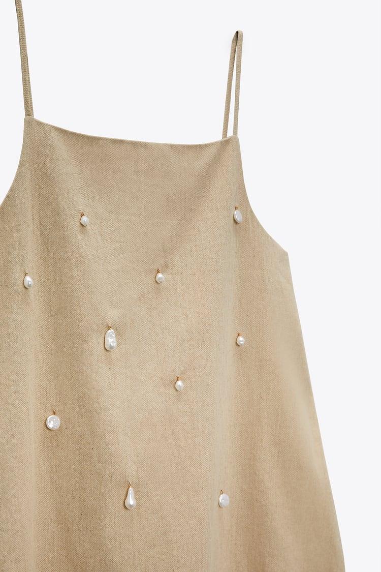 Este es el vestido de Zara que ha sido bautizado como el sueño de una noche de verano