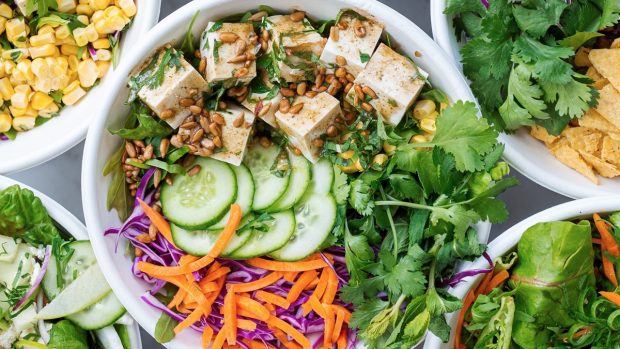 Verduras que puedes comer en verano para cuidar tu salud y perder peso