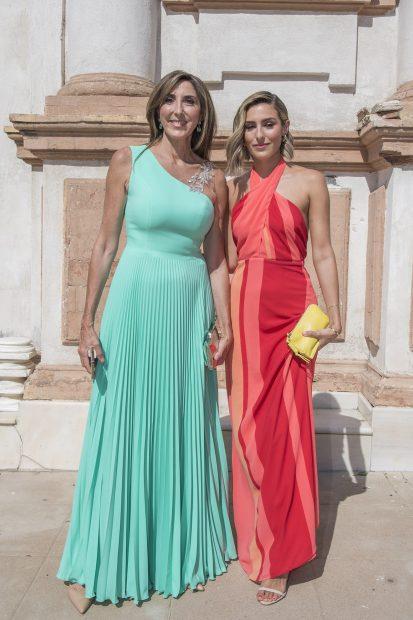 Paz Padilla y Anna Ferrer en la boda de José Antonio León y Rocío Madrid./Gtres