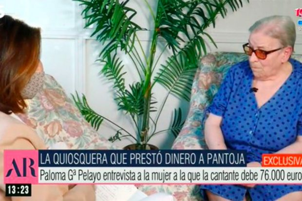 Loli, la quiosquera ha denunciado públicamente que Isabel Pantoja le debe dinero./Telecinco