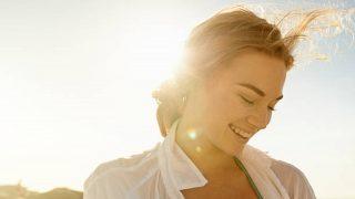 Los mejores tips para cuidar de la piel grasa en verano