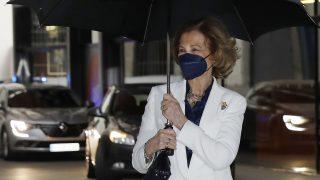 La reina Sofía a su llegada al acto / Gtres