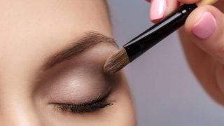 Descubre las brochas de maquillaje esenciales para los ojos