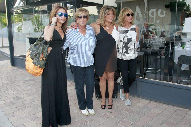 Mila Ximénez junto a Chelo García Cortés, María Patiño y Terelu Campos en una imagen de archivo./Gtres