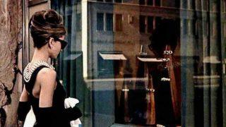 Rebajas Zara: El vestido negro más bonito de la historia del cine se vende por 12 euros