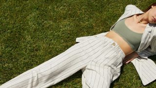 Los pantalones rebajados de Stradivarius en verano