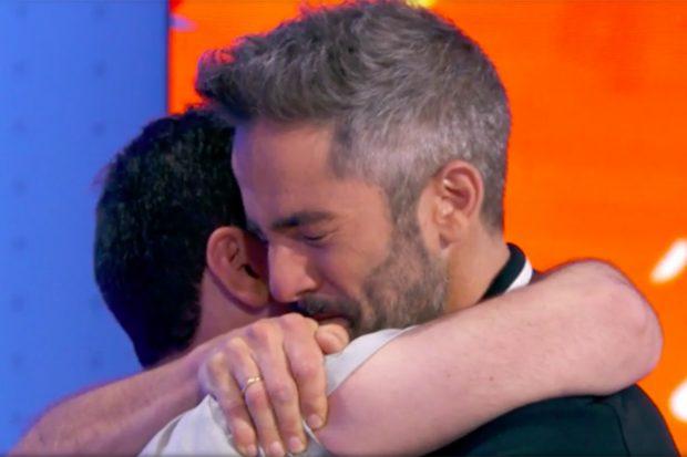 Roberto Leal, muy emocionado al saber que Pablo Díaz ha completado 'El Rosco'./Antena 3